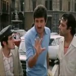 Gigi Proietti e Enrico Montesano – La cravatta (dal film: Febbre da cavallo)